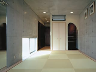 House of Kami Modern walls & floors by 一級建築士事務所アトリエm Modern Reinforced concrete