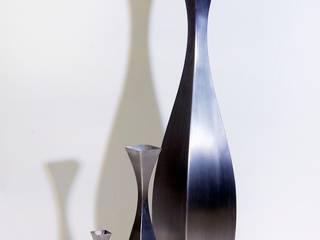 Vase Inoxy Ligne N°1 : Maison de style  par De-Design