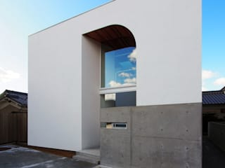 CACCO イシウエヨシヒロ建築設計事務所 YIA Dom z drewna Szkło Biały