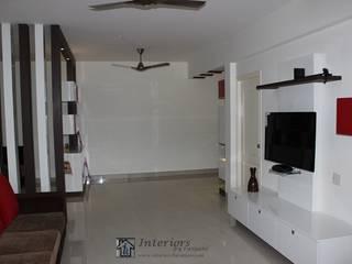 Mr.Gaurav & Mrs.Harsha Modern houses by Interiors by ranjani Modern