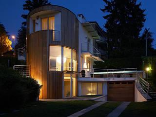 Residenza sulla collina torinese: Case in stile  di Alfredo Balmativola Architetto