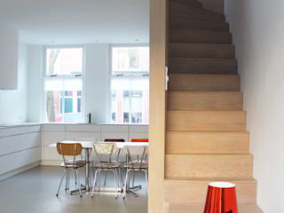 8A Architecten Minimalist house