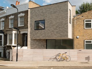 Clonbrock Road:  Houses by Lipton Plant Architects