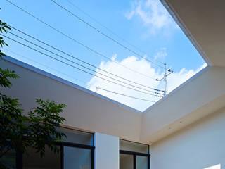 House in Hakonomori Casas estilo moderno: ideas, arquitectura e imágenes de 石井秀樹建築設計事務所 Moderno