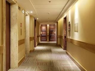 Hotel Novo Mundo - Corredor Hotéis modernos por DG Arquitetura + Design Moderno