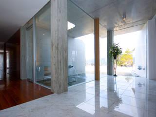 Y.W.H モダンスタイルの 玄関&廊下&階段 の 一級建築士事務所ATELIER-LOCUS モダン