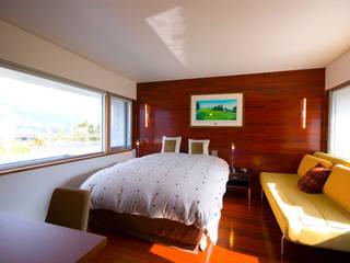 Y.W.H モダンスタイルの寝室 の 一級建築士事務所ATELIER-LOCUS モダン
