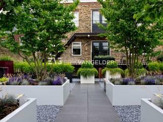 Roof terrace Dordrecht Moderner Garten von ERIK VAN GELDER | Devoted to Garden Design Modern
