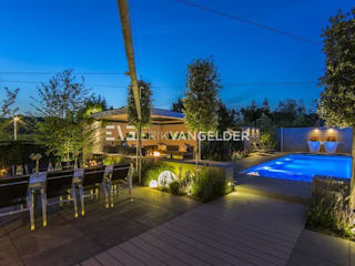 Wellness garden Barendrecht โดย ERIK VAN GELDER | Devoted to Garden Design โมเดิร์น