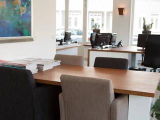 Duin & Pedroli financieel adviseurs:  Kantoor- & winkelruimten door Jan Gunneweg, Modern