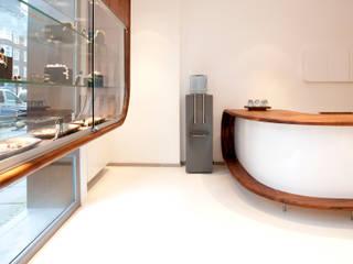 Jesse Jewelry:  Winkelruimten door Jan Gunneweg, Modern