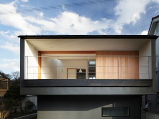 Eclectic style houses by 内田雄介設計室 Eclectic