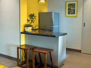 Dhruva Samal & Associates Minimalist kitchen