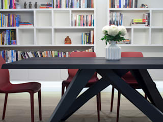 canalside flat : camden: minimalistic Dining room by Cassidy Hughes Interior Design