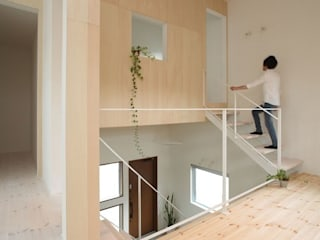 Modern corridor, hallway & stairs by ALTS DESIGN OFFICE Modern