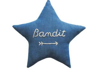coussin BANDIT STAR indigo:  de style  par Mister Bandit