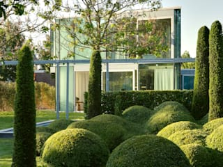 Modern Garden by Wiel Arets Architects Modern