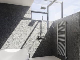 Bathroom by ragall