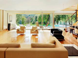 Salones modernos de Hoz Fontan Arquitectos Moderno