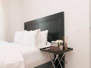 Appartamento privato - Cannes:  in stile  di Bizzarri Design