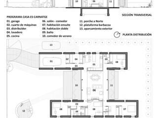 PLANTA Y SECCIÓN: Casas de estilo  de Miel Arquitectos