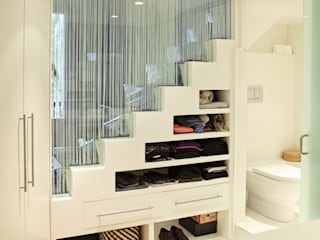 Pasillos, vestíbulos y escaleras de estilo moderno de Miel Arquitectos Moderno