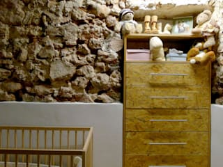 Miel Arquitectos Country style nursery/kids room