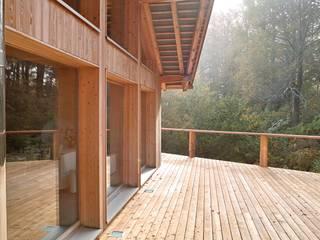 Villa Nature - Jura Suisse Maisons originales par Mueller Concept Éclectique