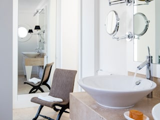Stefano Dorata Modern style bathrooms