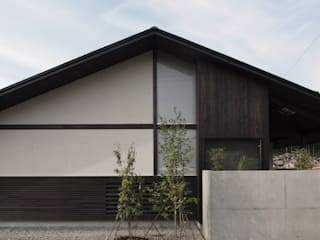 yt house: 建築研究所フォーラムが手掛けた家です。,和風