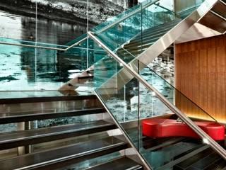 Sheraton Grand Hotel & Spa, Edinburgh, UK Modern hotels by MKV Design Modern