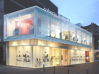 shop of Robert Botticelli at the Lijnbaan Linea architecten Modern style rooms