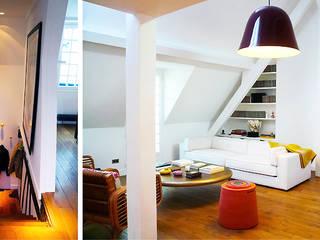 Appartement privé de 222 m². Salon moderne par Agence Florence Rigon Moderne