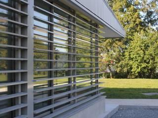 Création d'un Club House. Salle de sport moderne par Christian Larroque Moderne