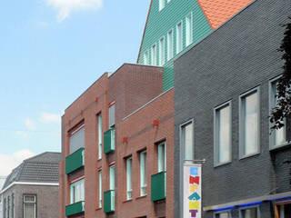 appartementen in Aalsmeer Klassieke huizen van PHOENIX, architectuur en stedebouw Klassiek
