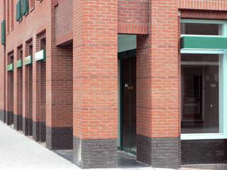 appartementen in Aalsmeer:  Huizen door PHOENIX, architectuur en stedebouw, Klassiek