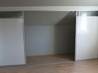 Modern study/office by Möbel nach Maß & Licht-Ideen Modern