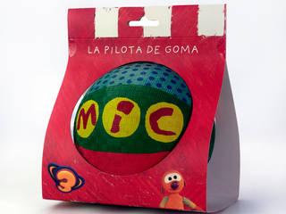 Diseño de packaging para la pelota de MIC de Orange BCN Moderno
