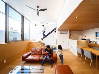 Ruang Keluarga Gaya Skandinavia Oleh 一級建築士事務所haus Skandinavia