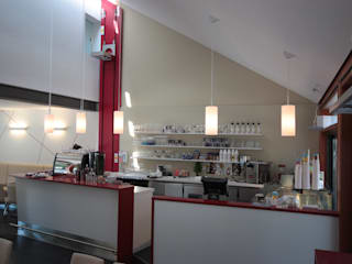 Ресторации в . Автор – 4plus5, Модерн