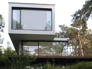 Modern houses by THOMAS BEYER ARCHITEKTEN Modern