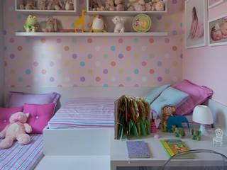 Apartamento Decorado PDG Maxi:   por Adriana Fontana Design de Interiores