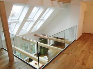 Cactus Architekten의  복도 & 현관,