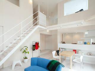 Kichi Architectural Design Modern living room
