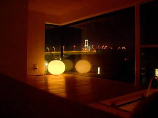白鳥大橋の見える家: アトリエ たく / Atelier takuが手掛けたミニマリストです。,ミニマル