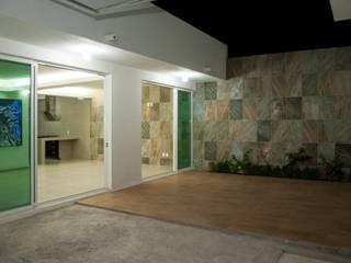 """Remodelacion Casa """"El Almendro"""": Casas de estilo minimalista por zerraestudio"""