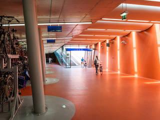 Rijwielstallingen Station Haarlem:   door wUrck