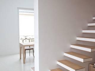 atelier logement à Sceaux Espaces de bureaux modernes par Teisseire Moderne