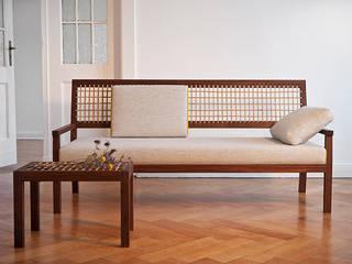 Sofa 'Natú': skandinavische Wohnzimmer von Frau Caze