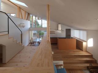 庭と暮らす家: INADE architectsが手掛けた家です。,